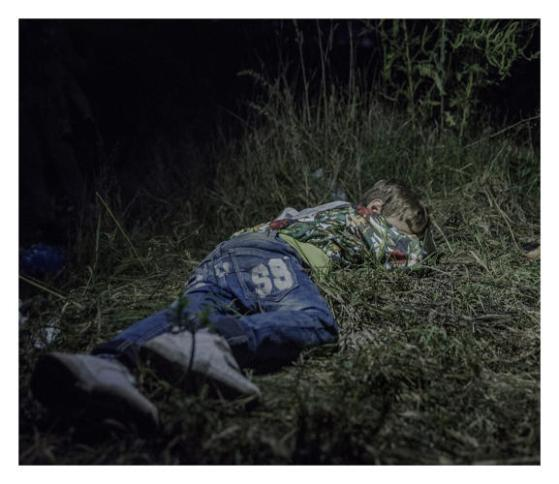 3052405-slide-s-3-these-photos-show-where-refugee-children-sleep-at-night