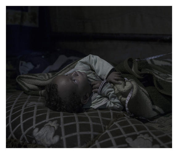 3052405-slide-s-4-these-photos-show-where-refugee-children-sleep-at-night